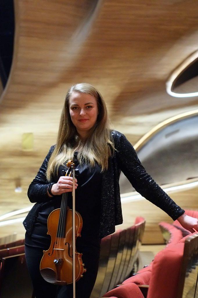 Marta Sutora - Violin